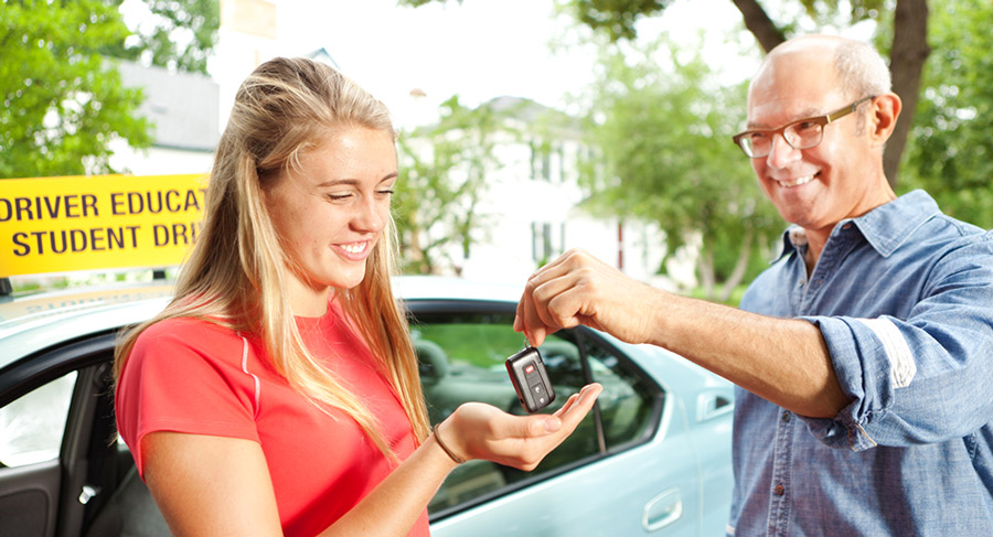 We all want to protect the safety of our loved ones. The key to keeping them safe when it's time to hand them the keys to the family vehicle is education. Below, we've put together five tips to keep new drivers safe.