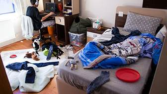 How to Tackle Clutter in Your Home